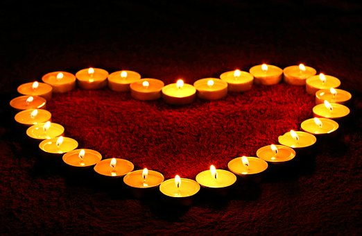 candles-1645551__340